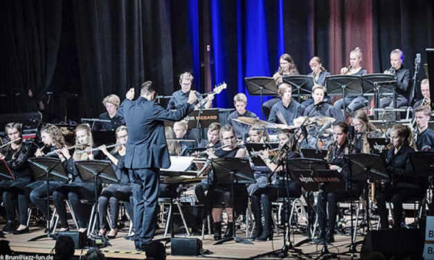 Festival mit 5 Big Bands