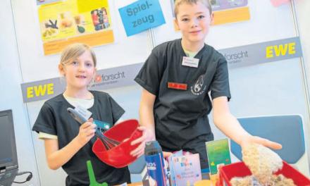 """Marika und Justus siegen mit """"kreativstem"""" Projekt"""